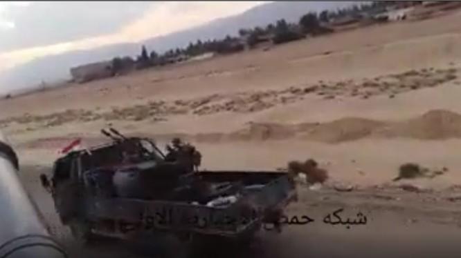 Lực lượng Tiger hàng quân về Homs - Ảnh minh họa video