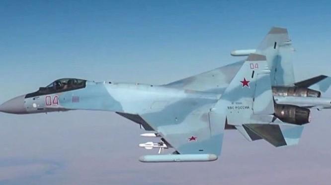 Máy bay tiêm kích đa nhiệm Su-30SM của lực lượng không quân Nga
