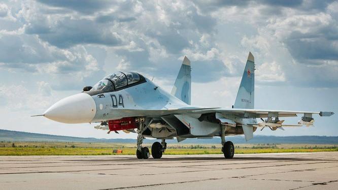 Máy bay tấn công Su-30SM của Nga ở Syria