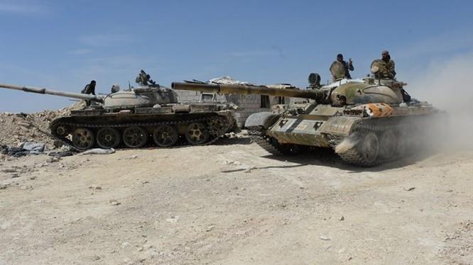 Quân đội Syria tấn công trong khu vực trại Yarmouk. anh minh họa Muraselon.