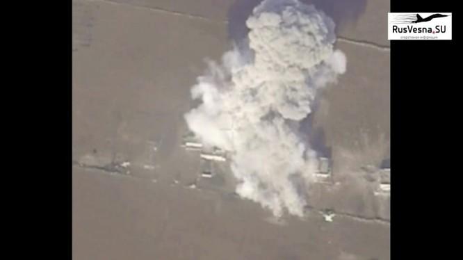 Không quân Syria không kích trên chiến trường Hama. Ảnh minh họa Masdar News