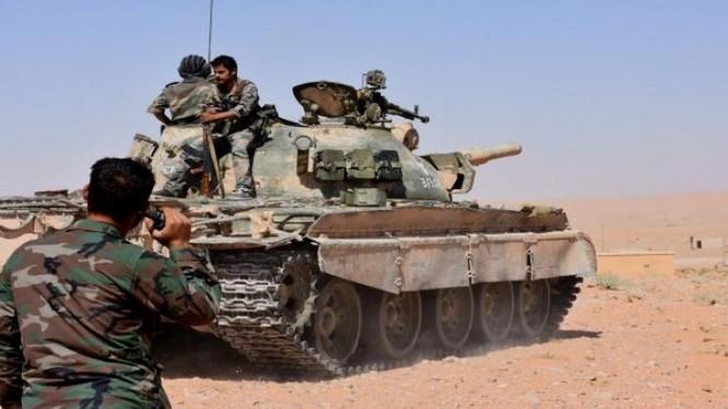 Quân đội Syria tấn công trên hướng tây Deir Ezor. Ảnh minh họa Masdar News