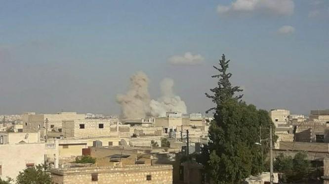 Không quân Nga lần đầu tiên không kích Aleppo. Ảnh Masdar News