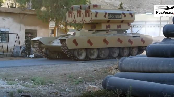 Pháo phản lực Golan-300 quân đội Syria. anh minh họa video