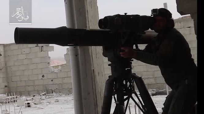 Lực lượng Hồi giáo cực đoan sử dụng tên lửa chống tăng TOW. Ảnh minh họa Masdar News