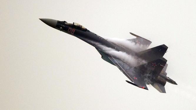 Máy bay tiêm kích Su-35 thé hệ 4++. Ảnh minh họa RT