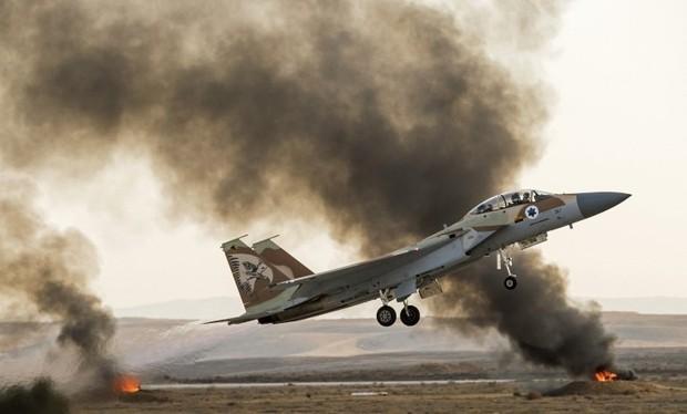 """Không quân Israel trong cuộc chiến """"không tuyên bố"""" ở Syria"""