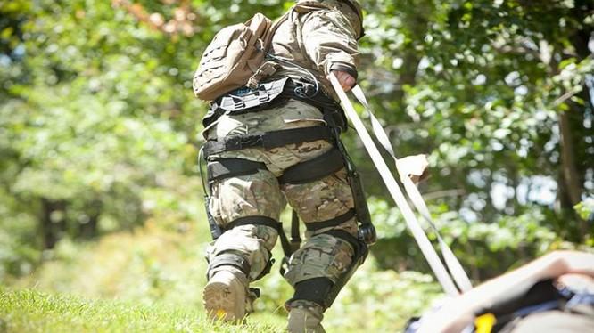 Bộ khí tài hành quân Onyx exoskeletonsb của Lockheed Martin Mỹ.Ảnh minh họa Breaking Defense