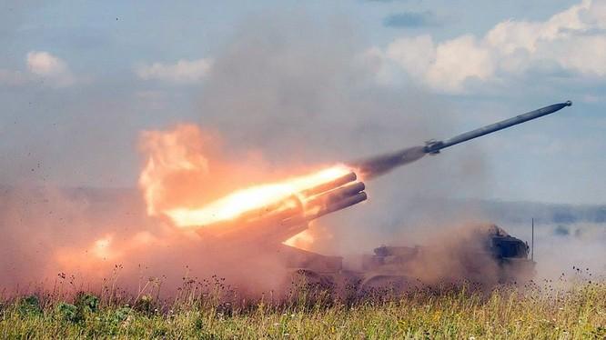 Phao phản lực nhiệt áp Nga khai hỏa. Ảnh minh họa defence.ru