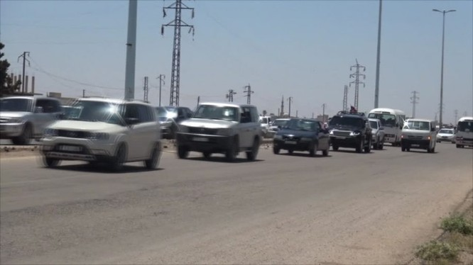 Dường quôc lộ Homs - Hama đã thông tuyến cho người dân. Ảnh minh họa video Ruptly