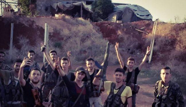 Binh sĩ lực lượng NDF và Hezbollad trong hai thị trấn Al-Fou'aa và Kafraya, ảnh Masdar News
