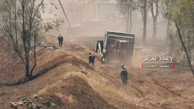 Các đơn vị quân đội Syria tiến công giải phóng các khu dân cư bắc Daraa. ảnh minh họa Video