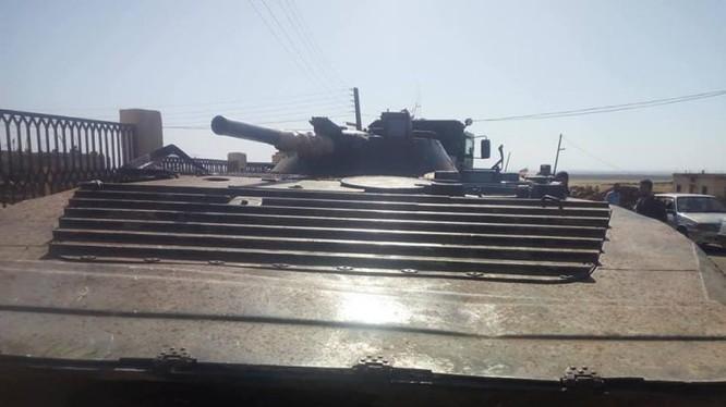 Xe Bộ binh Cơ giới BMP-1, do lực lượng FSA bàn giao cho quân đội Syria, ảnh Masdar News