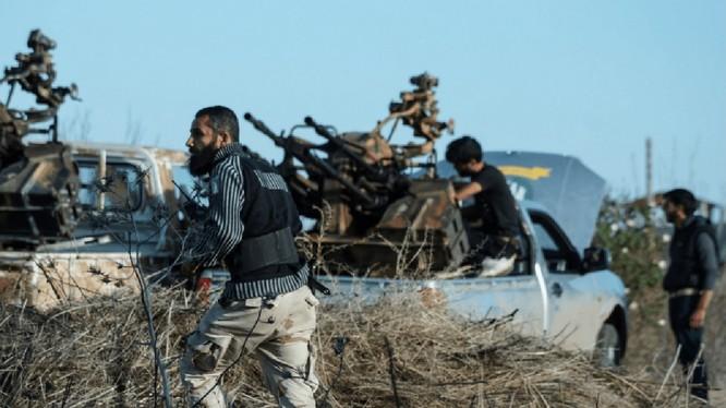 Các tay súng Hồi giáo cực đoan ở Daraa. Ảnh minh họa Masdar News