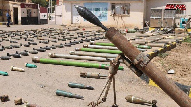 Quân đội Syria phát hiện kho vũ khí của IS ở Deir Ezzor. Ảnh SANA