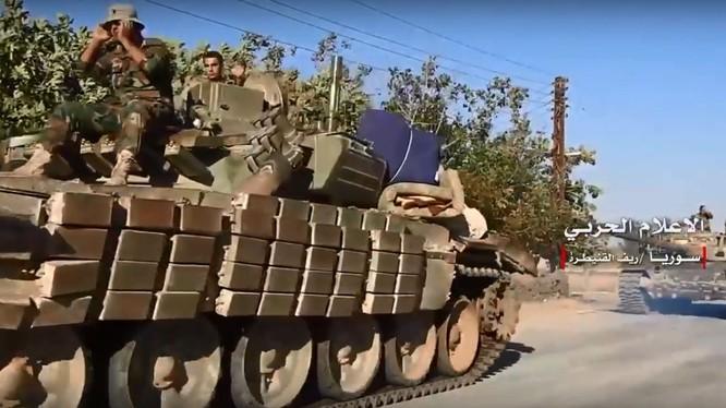 Quân đội Syria, chủ công là Vệ binh Cộng hòa, Diều hâu Qudeitra tiến công giải phóng thị trấn Mahara