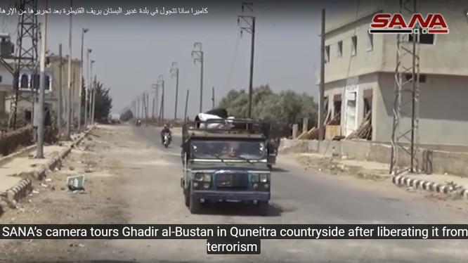 Lực lượng Tiger giải phóng thị trấn Ghadir Al-Bustan. Ảnh video SÂN