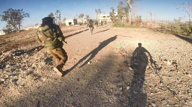 Các đơn vị quân đội Syria tấn công tiêu diệt IS ở Sweida. Ảnh minh họa South Front