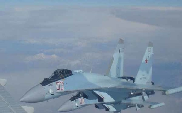Máy bay tiêm kích siêu cơ động Su-35 đến Syria. Ảnh minh họa Rusian Gazeta