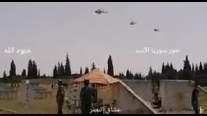 Phi đội trực thăng của lực lượng Tiger hành quân chiến đấu về bắc Hama. Ảnh minh họa video truyền thông Tiger.