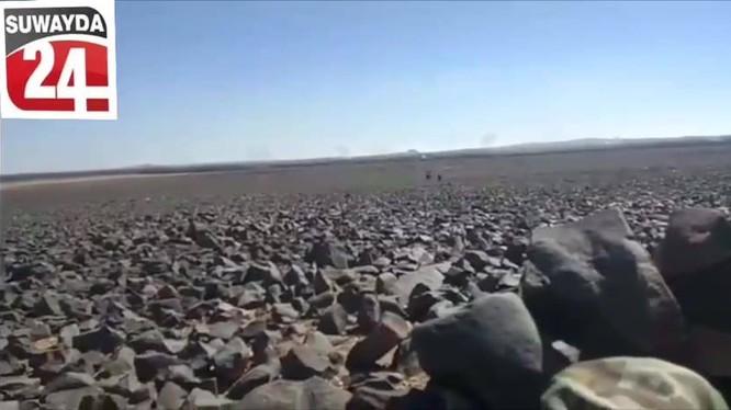 Địa hình cực kỳ khó khăn trong tấn công của quân đội Syria ở Sweida. Ảnh minh họa Masdar News
