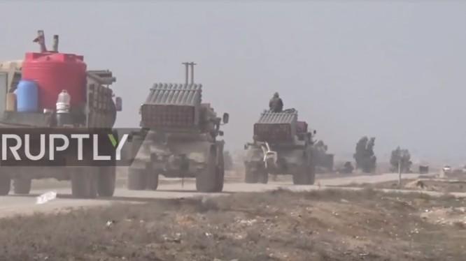 Quân đội Syria điều chuyển binh lực về Idlib, Aleppo chuẩn bị cho cuộc tấn công. Ảnh video Ruptly