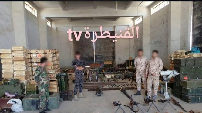 Quân đội Syria thu giữ vũ khí phiến quân ở tỉnh Quneitra. Ảnh minh họa Masdar News