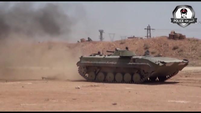 Đặc nhiệm Bộ nội vụ Syria biểu diễn kỹ năng chiến đấu. Ảnh minh họa video truyền thông quân đội Syria.