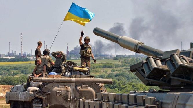 Quân đội Ukraine chuẩn bị sẵn sàng cho cuộc tấn công. Ảnh minh họa Rusvesna