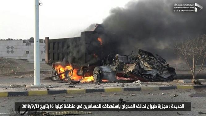 Lực lượng kháng chiến Houthis tiến công tiêu diệt liên minh quân sự do Ả rập Xê út dẫn đầu. Anh minh họa South Front