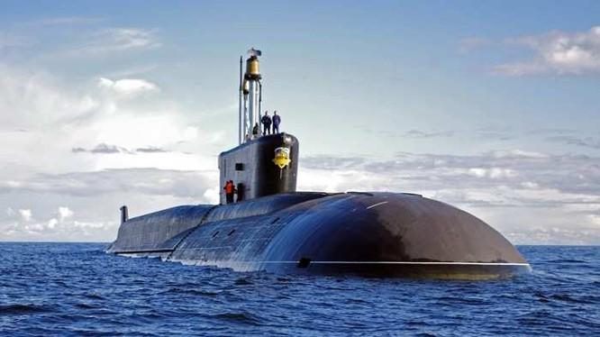 Tàu ngầm nguyên tử lớp Borei Nga. Ảnh Rusvesna