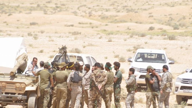 Binh sĩ quân đoàn tình nguyện sô 3 trên hoang mạc Sweida. Ảnh minh họa Masdar News