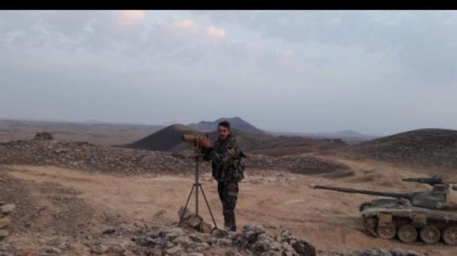 Quân đội Syria trên chiến trường núi lửa Al-Safa, hoang mạc Sweida. Ảnh minh họa Masdar News