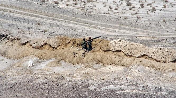 Quân đội Syria phòng ngự trên chiến trường Hama. Ảnh minh họa South Front