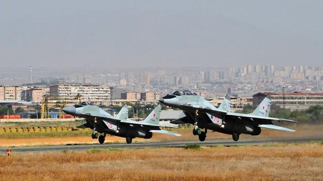 MiG-29 không quân Armenia xuất kích tham gia diễn tập. Ảnh Russian Air Force
