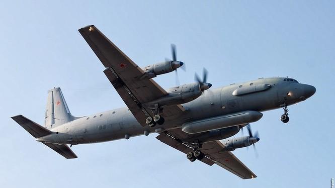 Máy bay trinh sát điện tử IL-20 Nga. Ảnh Russian Gazeta
