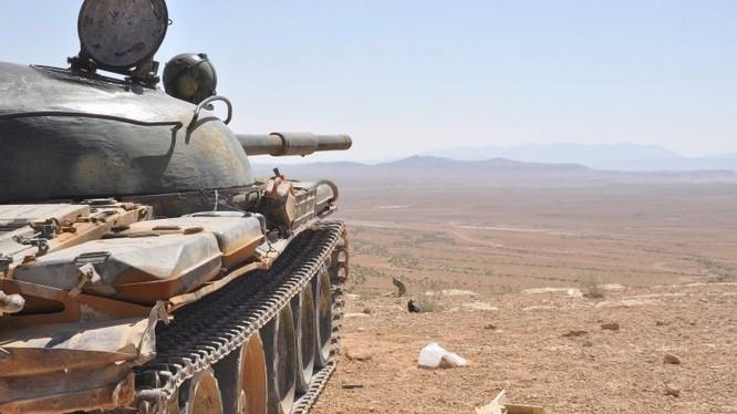 Quân đội Syria tiến công hẻm núi lửa Al-Safa, tỉnh Sweida