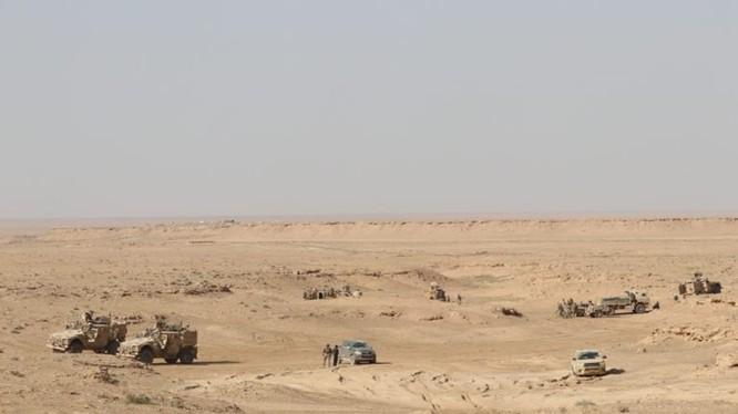 Lực lượng Dân chủ Syria SDF tiến công trên chiến trường Deir Ezzor. Ảnh minh họa South Front
