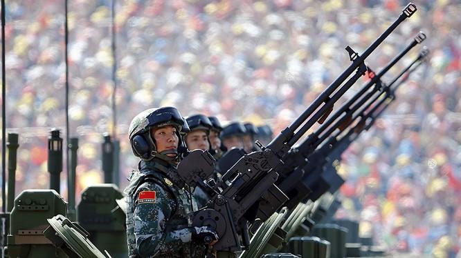 Quân đội Trung Quốc trong một lễ duyệt binh. Ảnh minh họa: South Front.