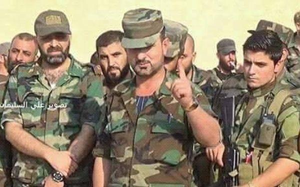 Thiếu tướng Suheil Al-Hassan, tư lệnh trưởng lực lượng Tiger cùng binh sĩ dưới quyền. Ảnh Masdar News