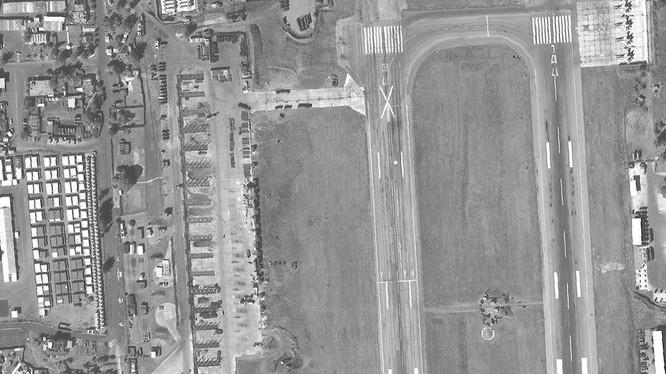 Những hầm chứa máy bay đang được xây dựng ở Hmeimim. Ảnh: tài khoản Twitter Samir.