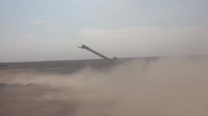 Quân đội Syria pháo kích tiêu hao sinh lực IS trên chiến trường hẻm núi lửa Al-Safa, Sweida. Ảnh minh họa: Sputnik.