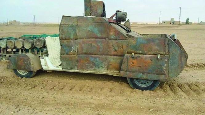 Xe đánh bom tự sát VBIED, bị SDF thu giữ ở Deir Ezzor. Ảnh minh họa: Masdar News.