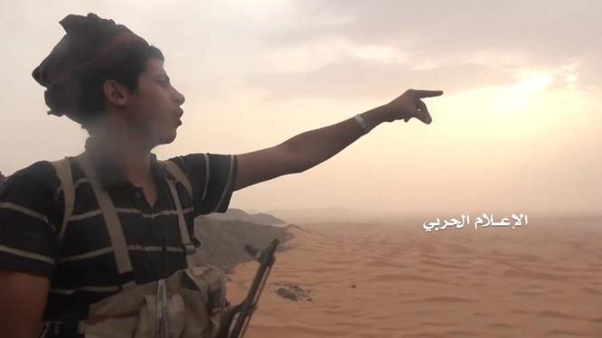Chiến binh kháng chiến Houthi trên chiến trường Yemen. Ảnh minh họa Masdar News
