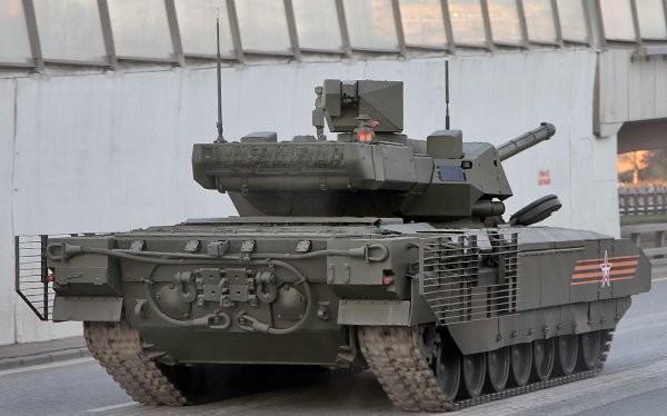 Xe tăng T-14 Armata trong lễ Diễu hành mừng chiến thắng tại Quảng trường Đỏ. Ảnh: Bộ quốc phòng Nga.