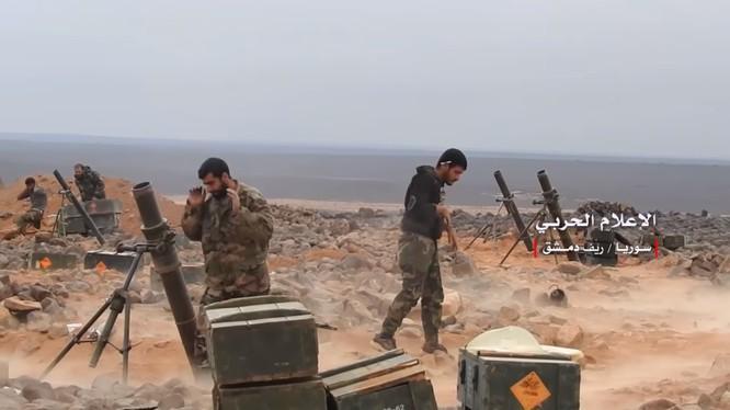 Quân đội Syria chuẩn bị pháo kích dữ dội al-Safa. Ảnh minh họa: South Front.