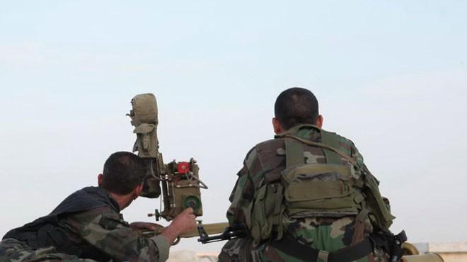 Quân đội Syria đánh trả cuộc tấn công của lực lượng Hồi giáo cực đoan ở Idlib, Hama. Ảnh minh họa: South Front.