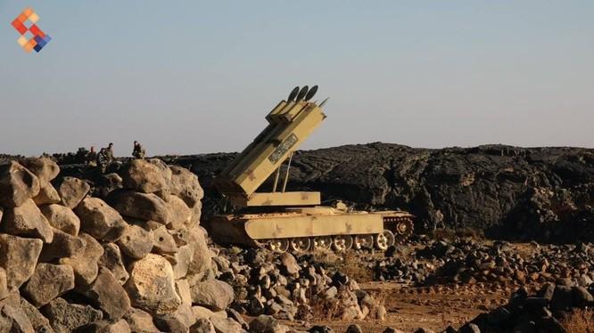 Hệ thống tên lửa mặt đất Golan - 1000 trên chiến trường Al-Safa. Sweida. Ảnh minh họa Rusian Gazeta