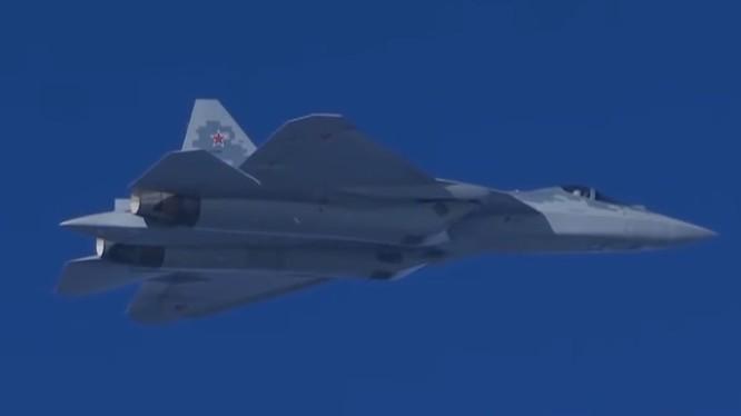 Máy bay tiêm kích tàng hình Su-57 ở Syria. Ảnh minh họa Defence - blog.