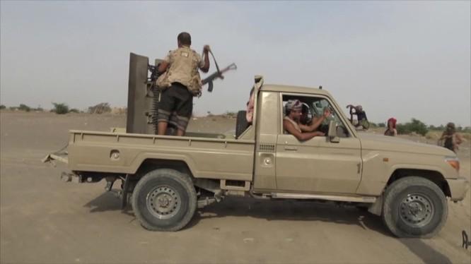 Lực lượng chiến binh Houthi trên chiến trường phía tây Yemen. Ảnh minh họa: Masdar News.